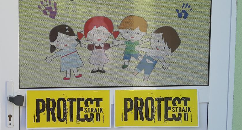 Edukacja, Jastrowie protestuje! - zdjęcie, fotografia