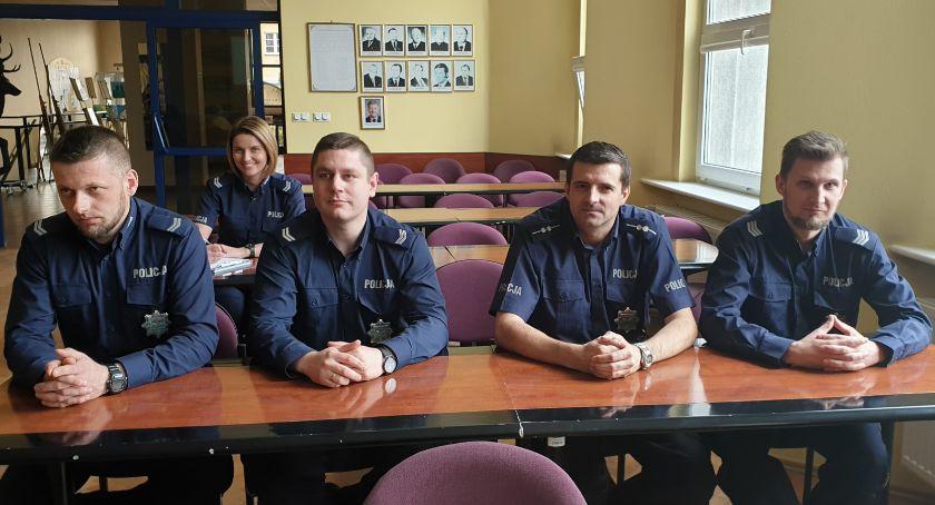 Policja - komunikaty i akcje, Debata policją Złotowie - zdjęcie, fotografia