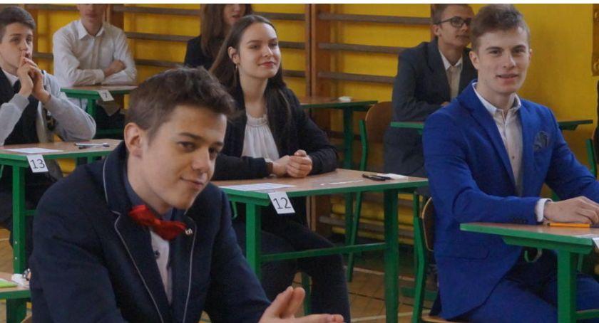 Edukacja, Egzamin gimnazjalny Lipce - zdjęcie, fotografia