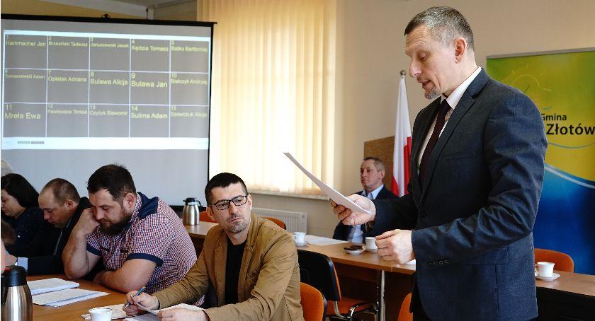 Samorządowcy, Powiatowi dostało - zdjęcie, fotografia