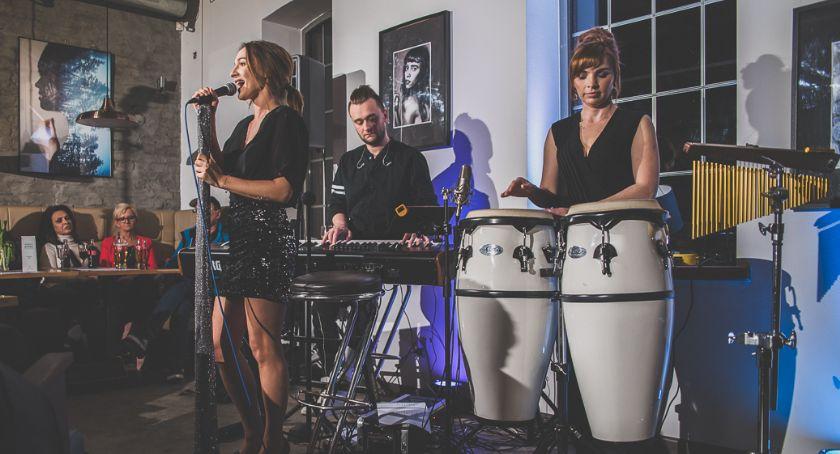 Koncerty muzyka, Nicole Kulesza koncert Magazyn Bistro - zdjęcie, fotografia