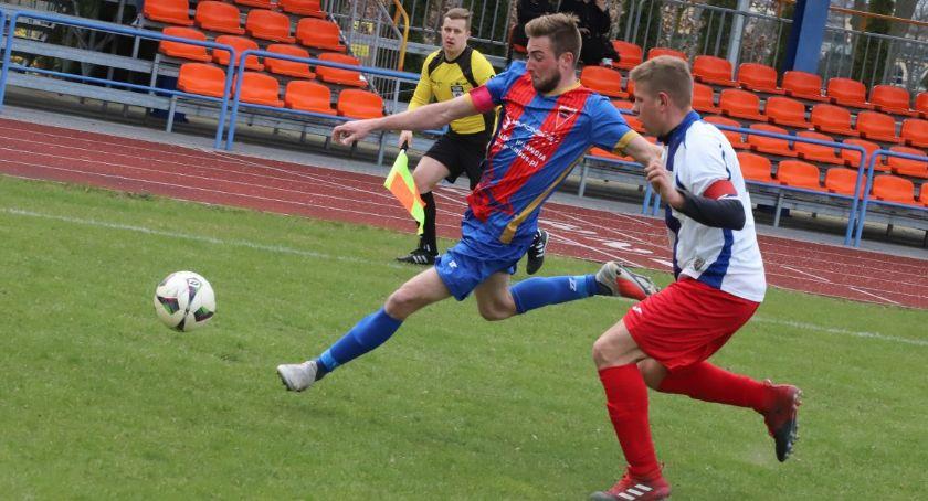 Piłka nożna, Spartanie zwyciężyli Koroną - zdjęcie, fotografia