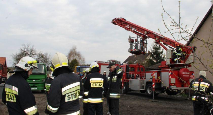 Straż pożarna, Zadymienie poddasza Skórce - zdjęcie, fotografia