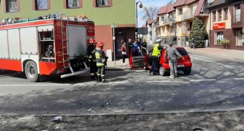Wypadki drogowe, Zderzenie dwóch Złotowie - zdjęcie, fotografia
