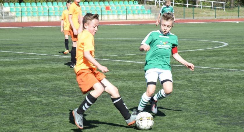 Piłka nożna, Młodzik Football Academy Złotów kontra Calcio Wągrowiec - zdjęcie, fotografia