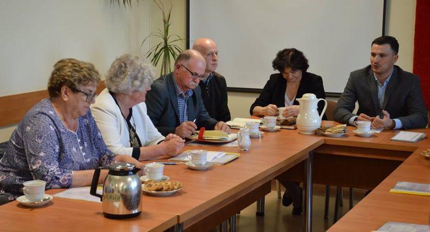 Samorządowcy, dożynkach funduszu - zdjęcie, fotografia