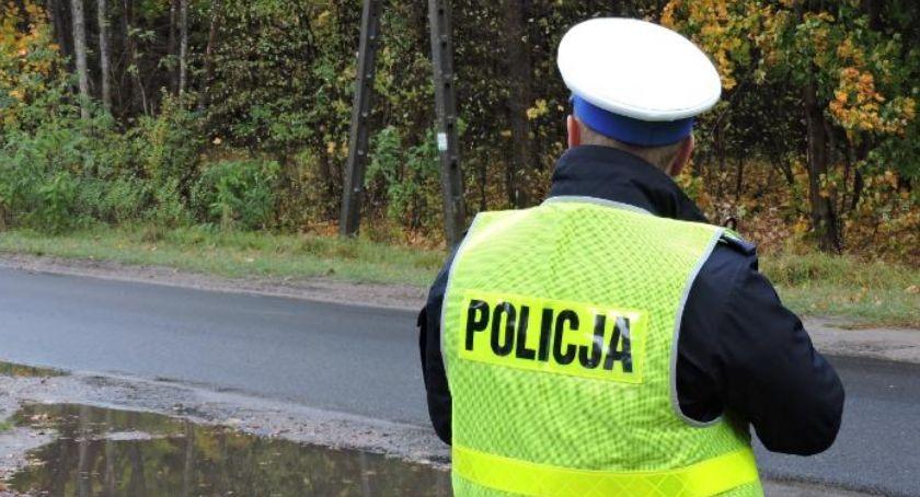 Policja - komunikaty i akcje, obowiązującej pięćdziesiątce - zdjęcie, fotografia