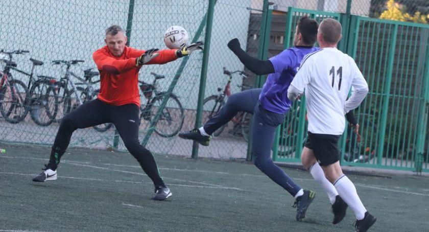 Piłka nożna, Złotowska Szóstek Piłkarskich trzecia kolejka - zdjęcie, fotografia