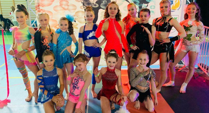 Ośrodki kulturalne, Mistrzostwach Polski Acrobatic Artistic Dance - zdjęcie, fotografia