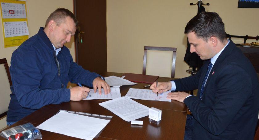 Samorządowcy, Bezpieczne wakacje Kujankach - zdjęcie, fotografia