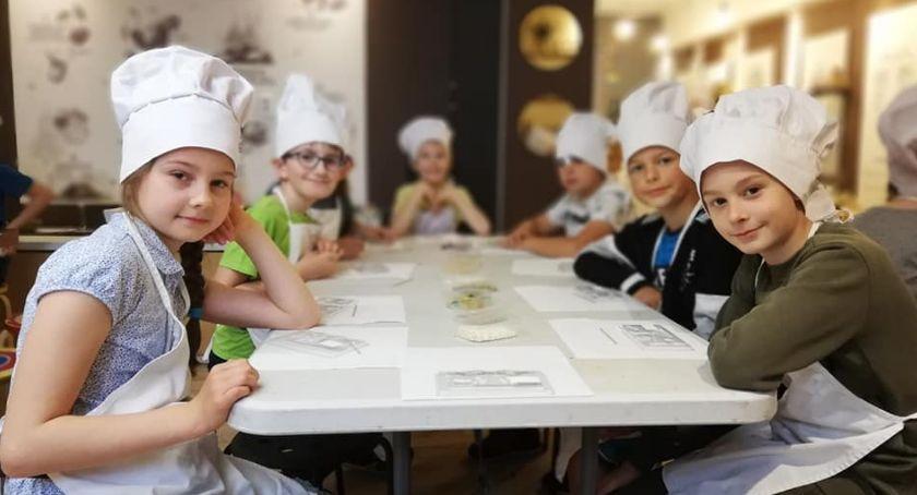 Edukacja, Młodzież Krajenki uczyła poznańskiej Warsztatowni - zdjęcie, fotografia