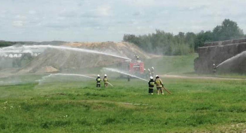 Straż pożarna, Upozorowali pożar - zdjęcie, fotografia
