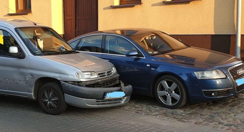 Wypadki drogowe, Kolizja Kościelnej Złotowie okolicy progu zwalniającego - zdjęcie, fotografia