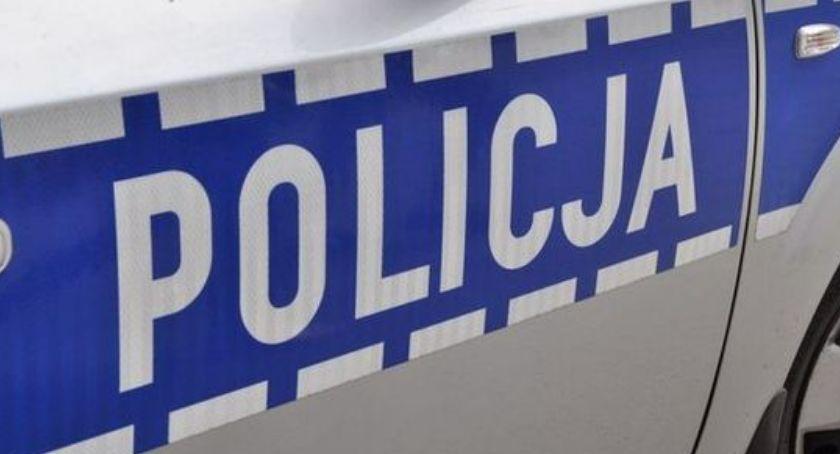"""Policja - komunikaty i akcje, Działania kontrolno prewencyjne """"Alkohol narkotyki"""" - zdjęcie, fotografia"""