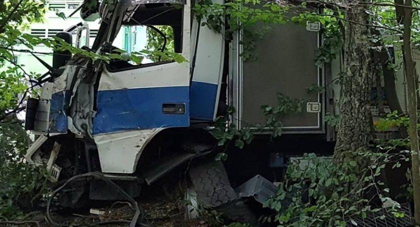 Wypadki drogowe, Kolizja trasie Ptusza Płytnica - zdjęcie, fotografia