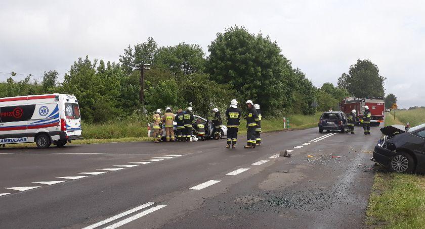 Wypadki drogowe, Kolizja Głomsku - zdjęcie, fotografia