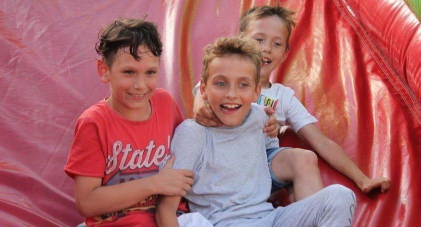 Uroczystości obchody, Lędyczku rządzą dziś dzieci - zdjęcie, fotografia