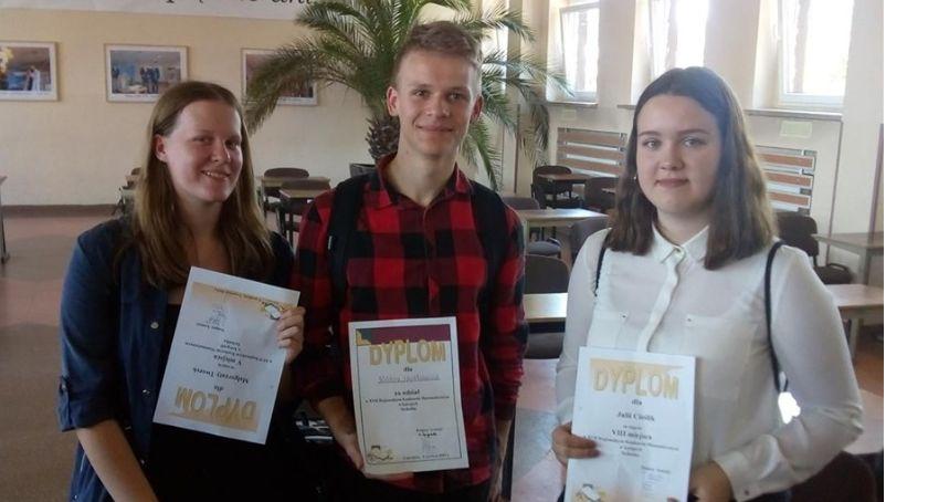 Edukacja, Wyróżnienia uczniów złotowskiego Ekonoma - zdjęcie, fotografia