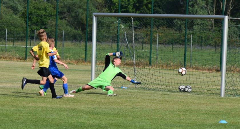 Piłka nożna, Football Academy Złotów kontra Kadra Wielkopolski - zdjęcie, fotografia