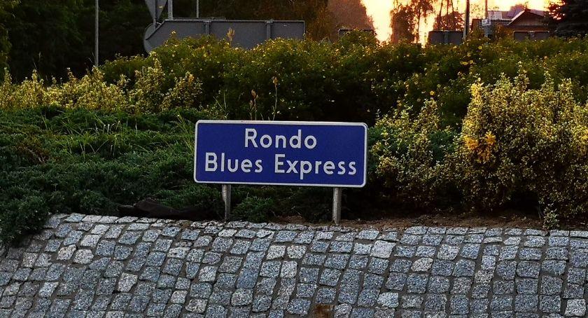 Organizacje pozarządowe, Rondo Blues Express - zdjęcie, fotografia