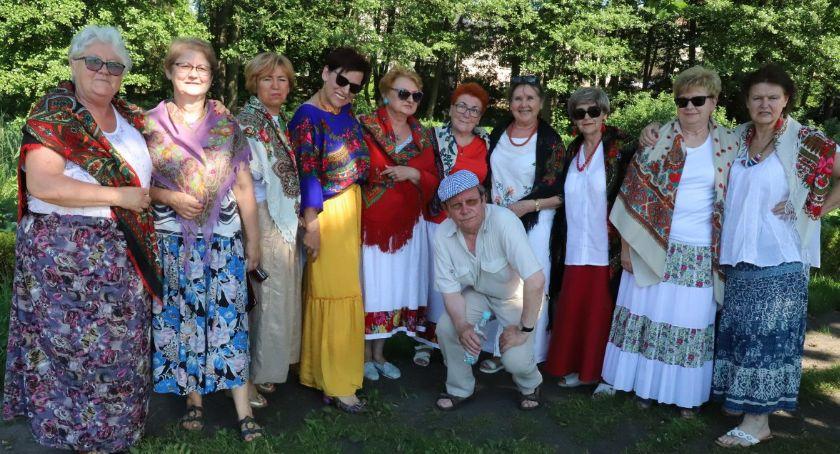 Seniorzy, Senioralia Uniwersytetu Trzeciego Wieku Złotowie - zdjęcie, fotografia