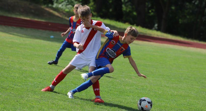 Piłka nożna, Chrupek - zdjęcie, fotografia