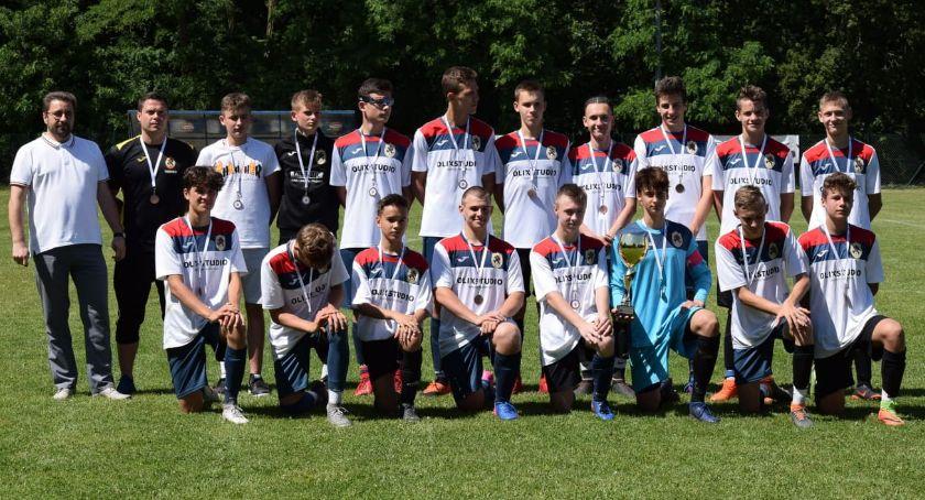 Piłka nożna, miejsce Piła Junior Młodszy Football Academy Złotów - zdjęcie, fotografia