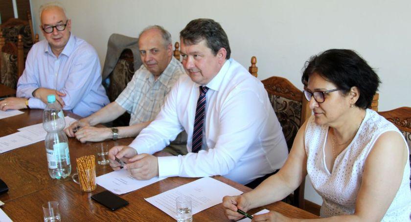 Organizacje pozarządowe, Zarząd Fundacji Bezpieczny Powiat absolutorium - zdjęcie, fotografia