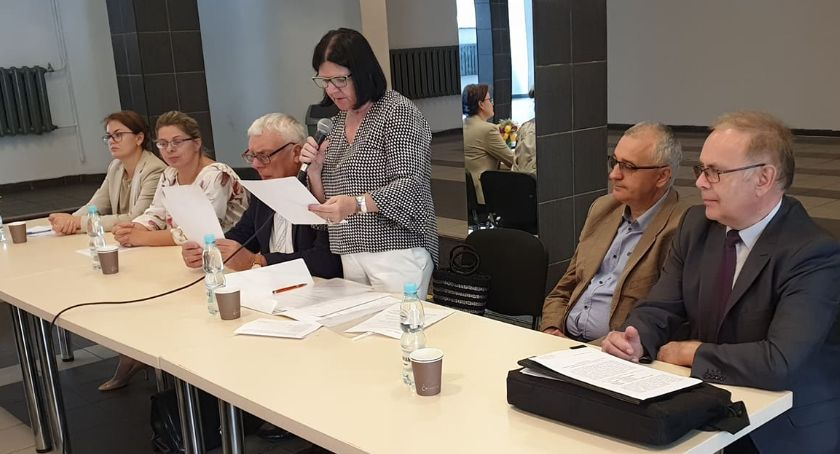 Organizacje pozarządowe, Spotkanie sprawozdawczo wyborcze złotowskiego Koła Polskiego Związku Niewidomych - zdjęcie, fotografia