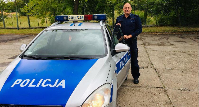 Kronika kryminalna, Dzielnicowy służbie zatrzymał poszukiwanego - zdjęcie, fotografia