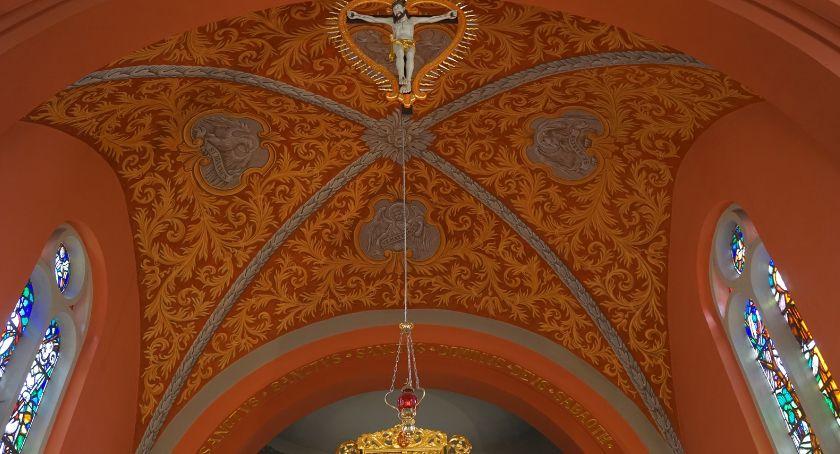 Kościół, Sklepienie wróciło oryginału - zdjęcie, fotografia