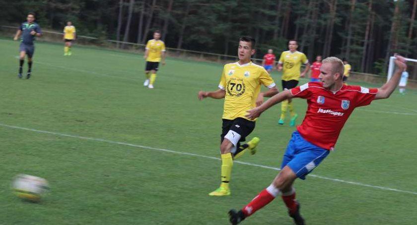 Piłka nożna, Polonia Jastrowie spadła Klasy - zdjęcie, fotografia