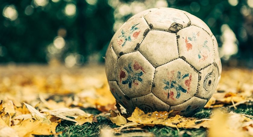 Piłka nożna, Piłkarskie derby Jastrowiu - zdjęcie, fotografia