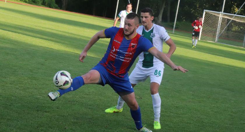 Piłka nożna, Sparta remisuje Notecią Czarnków - zdjęcie, fotografia