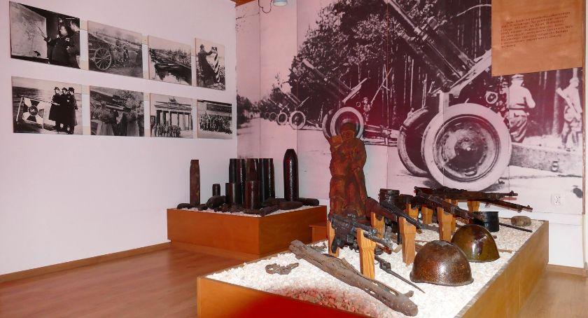Wernisaże wystawy warsztaty, Wystawa WOJNA ŚWIATOWA OBIEKTYWIE - zdjęcie, fotografia
