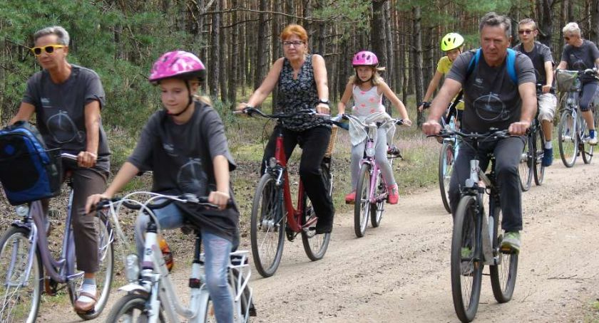 Rowerem przez świat, Jastrowie zaprasza - zdjęcie, fotografia