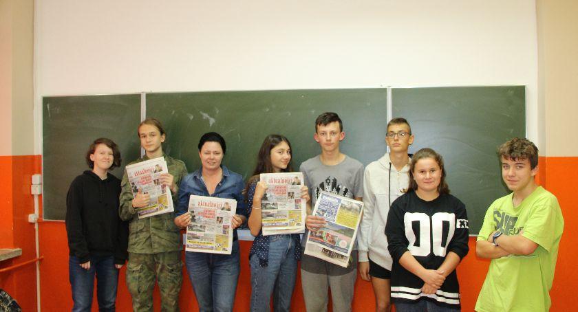 Edukacja, Spotkanie dziennikarzem - zdjęcie, fotografia