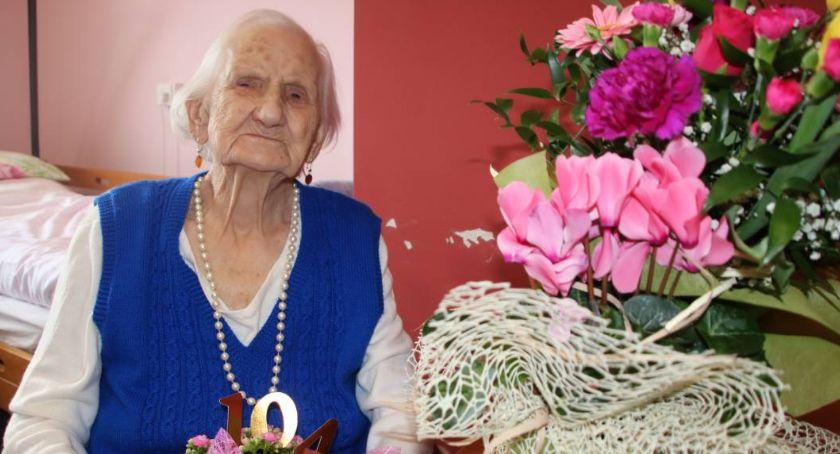 Interwencje czytelników, Zmarła najstarsza mieszkanka Złotowa - zdjęcie, fotografia