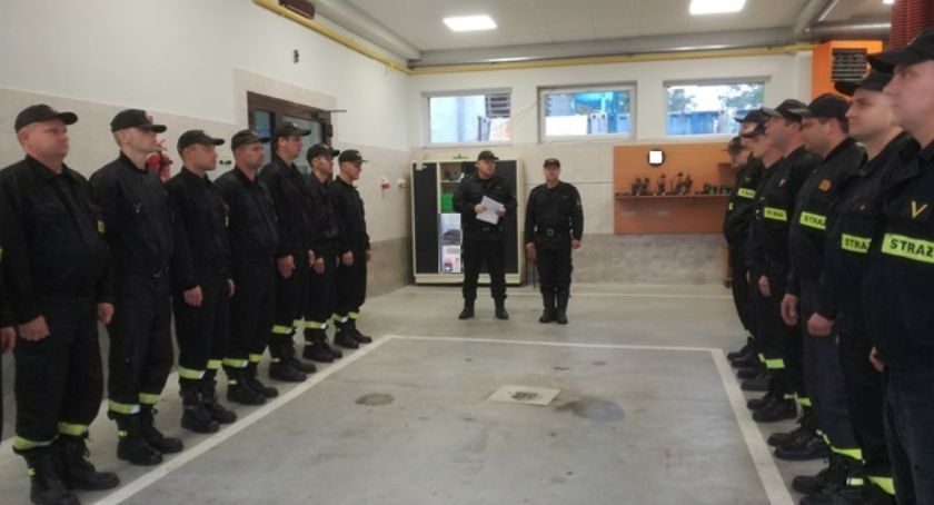 Straż pożarna, Wyróżnienia awanse strażaków - zdjęcie, fotografia