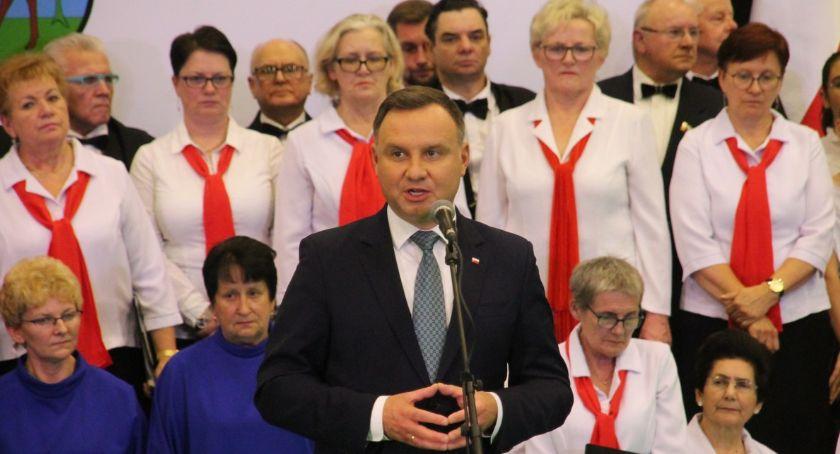Uroczystości obchody, Prezydent Andrzej spotkał mieszkańcami powiatu - zdjęcie, fotografia