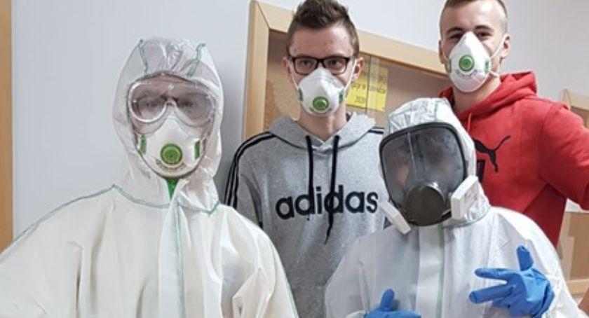 Edukacja, Wiedzą bezpiecznie pozbyć azbestu - zdjęcie, fotografia