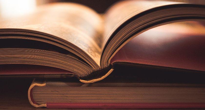 Książki i publikacje, Maria Konopnicka czarodziejka dzieciaków - zdjęcie, fotografia