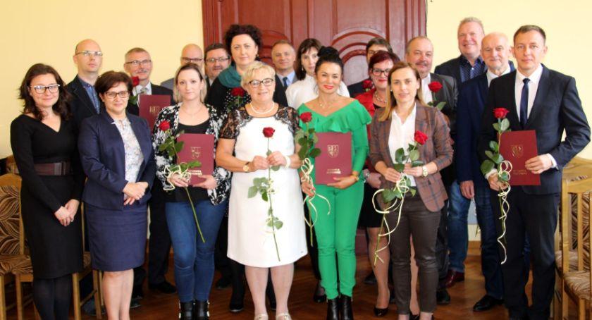 Edukacja, Nagrody Starosty Złotowskiego okazji Edukacji Narodowej wręczone - zdjęcie, fotografia