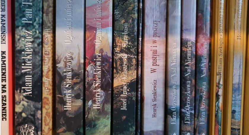 Książki i publikacje, Zbiórka książek Czesławy Nieświeża - zdjęcie, fotografia