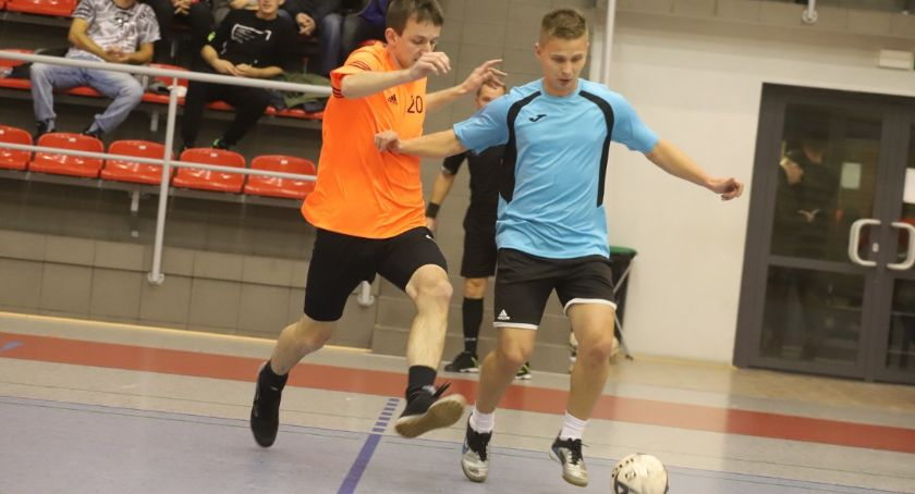 Piłka nożna, edycja Złotowskiej Futsalu kolejka - zdjęcie, fotografia
