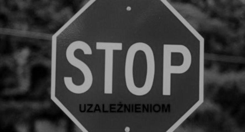 """Policja - komunikaty i akcje, Rusza konkurs hasłem Wolni uzależnień"""" - zdjęcie, fotografia"""