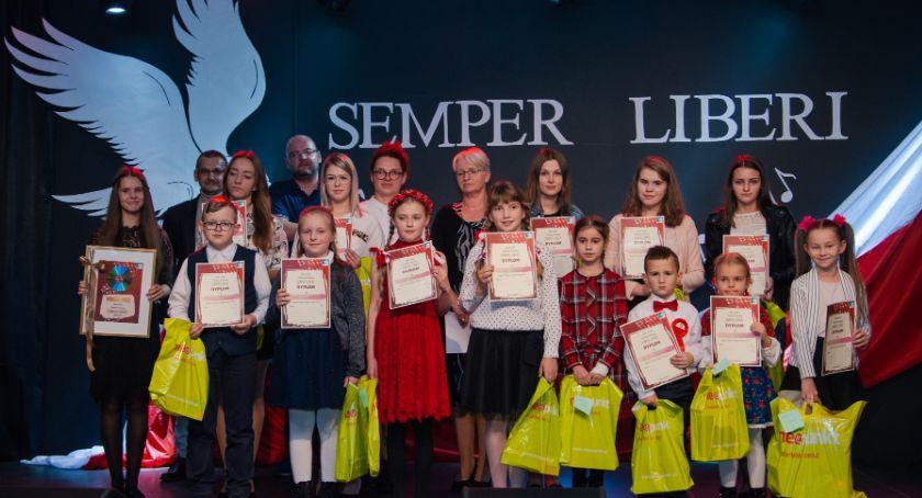 Konkursy i zawody, Regionalny Konkurs Piosenki Żołnierskiej Patriotycznej Okonku - zdjęcie, fotografia