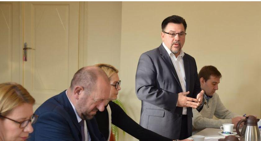 Ośrodki kulturalne, Burmistrz zaprasza spotkanie Mikołajem - zdjęcie, fotografia