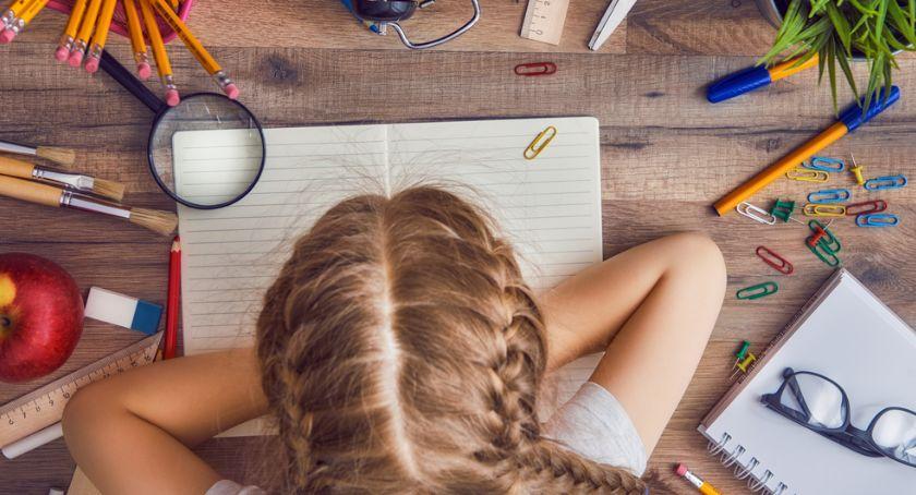 Edukacja, Dysleksja rozwojowa przyczyny objawy leczenie dysleksji - zdjęcie, fotografia