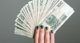 Jak pożyczać? Tradycyjne czy przez internet?